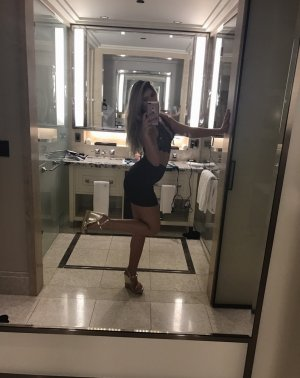 Anne-estelle outcall escort in Lubbock