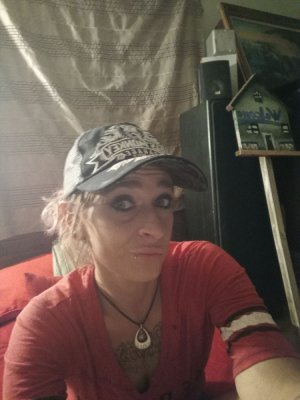 Lycia call girl in Pearsall Texas