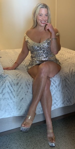 Julie-anne incall escorts
