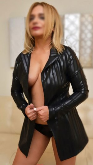 Marie-loetitia outcall escort in Murrieta