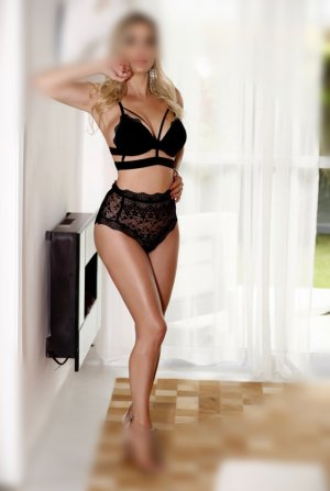 Stella-rose outcall escorts