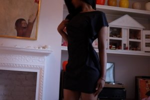 Laurelie incall escort in Richmond Heights OH