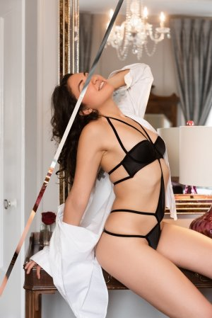 Lilliana escorts